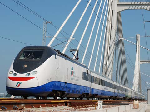 tn_it-RFI-highspeed-testtrain_04.jpg