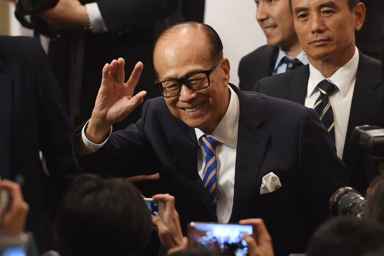 Ninety-year-old Li Ka-shing, Hong Kong's richest man.  SOURCE ANTHONY WALLACE/AFP/GETTY