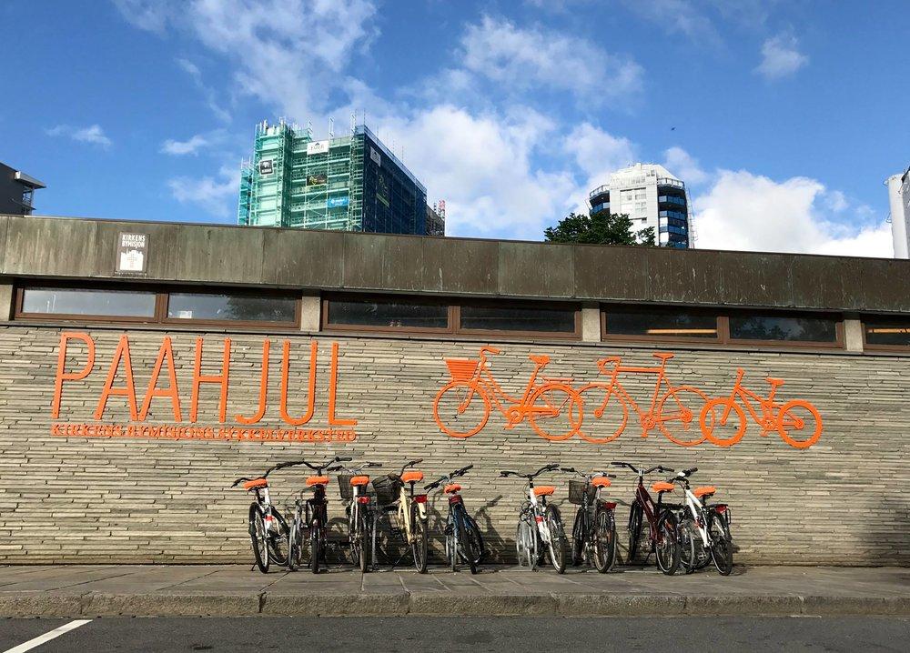 POPULÆRT I ROGALAND: «Paahjul»er et sykkelverksted og en arbeidsplass for personer med tidligere ruserfaring på vei mot en rusfri hverdag.Det er Kirkens Bymisjon som står bak «Paahjul» og har etablert to av tre avdelinger i Rogaland: en ved siden av jernbanestasjonen i Stavanger og en på Hinna, ved Viking stadion. Den tredje avdelingen er i Oslo.