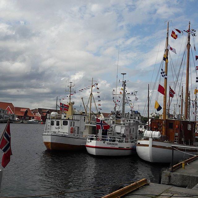 Fin tur til Haugesund i dag😊 Byen var pyntet for filmfestival🎬 #gatemagasinetasfalt