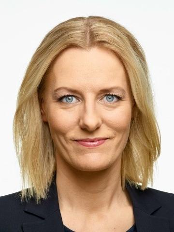 söndag 13:00 - 13.15   Erika Ullberg  finanslandstingsråd i opposition (Socialdemokraterna)