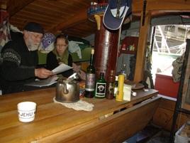 Inne i kajutan på Åländska Fisksumpen Jehu