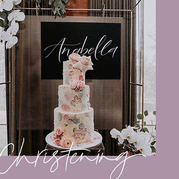 What a beautiful scene at Anabella's Christening. Thanks for having me on board 😉 @michellemokcreates!  Florals & Styling: @michellemokcreates Cake: @my_petite_sweets_perth  Photographer: @billieandpeaches  Backdrop Hire: @beautifulbydesigneventhire