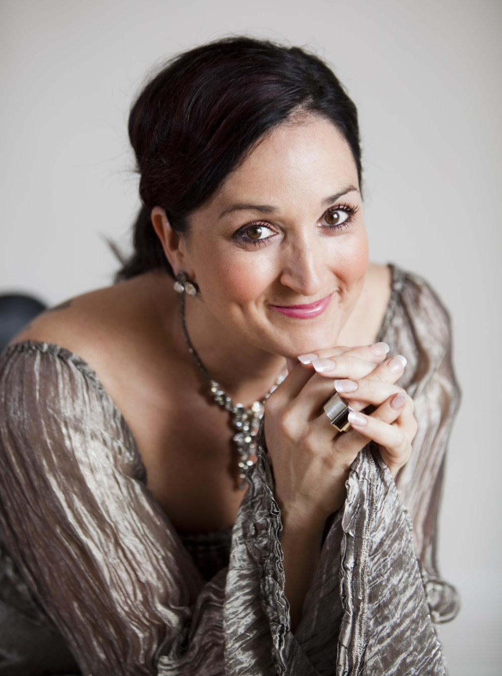 Katarina Karneus, mezzosopran