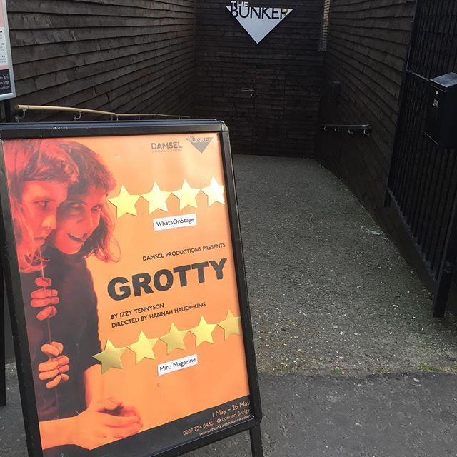 Three shows left to see Grotty @bunkertheatreuk. One tonight and two tomorrow. Don't miss out on our ⭐️⭐️⭐️⭐️⭐️ show. Link in bio. 🧡 . . . . . . #grottyplay #grotty #london #londontheatre #londonbridge #play #acting #tickets #booknow #lgbt #lesbian #lesbiantheatre #fridayfeeling