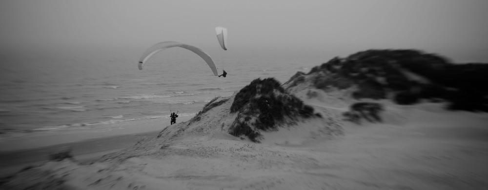 paraglider koksijde beach