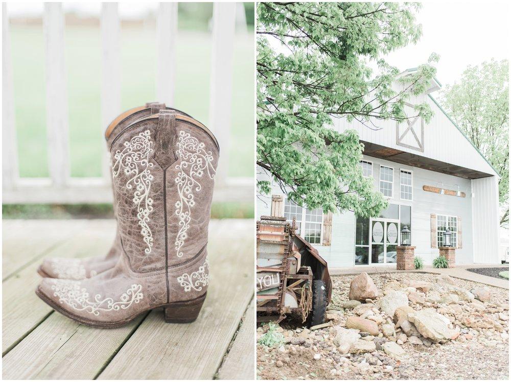 barn-at-the-backwoods-thornville-ohio-wedding-photographer-13.jpg