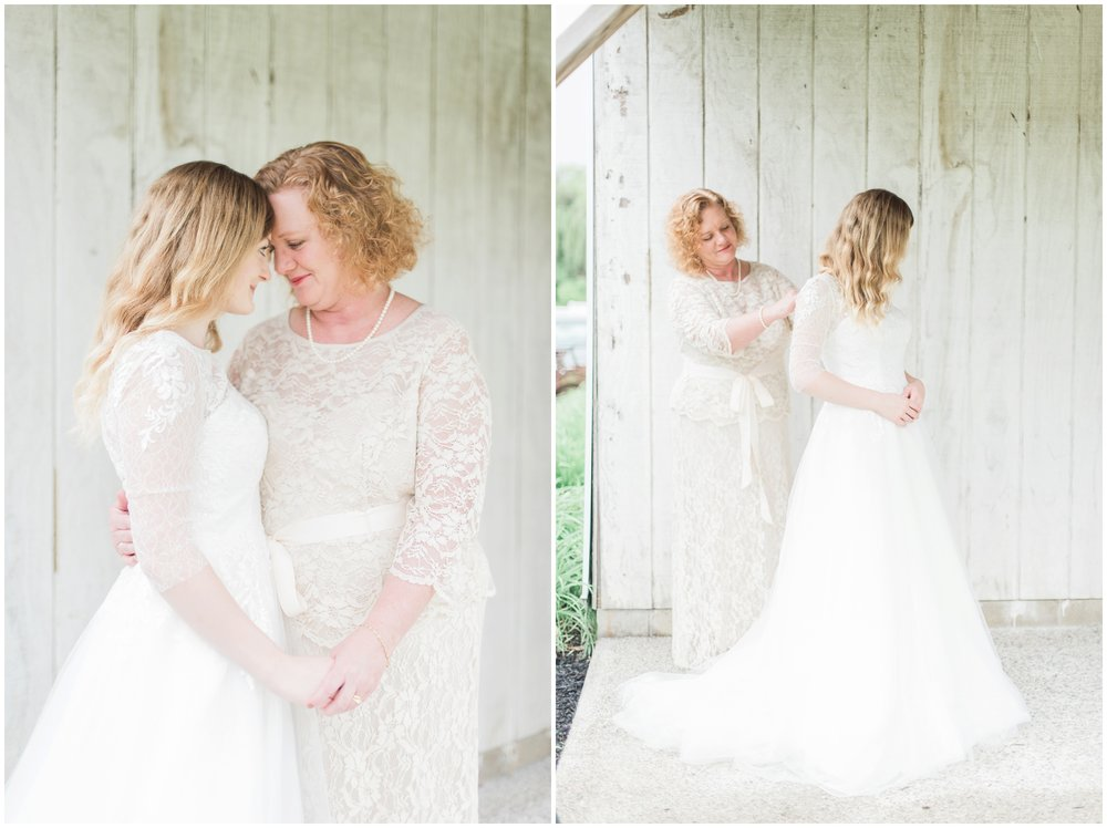 barn-at-the-backwoods-thornville-ohio-wedding-photographer-28.jpg