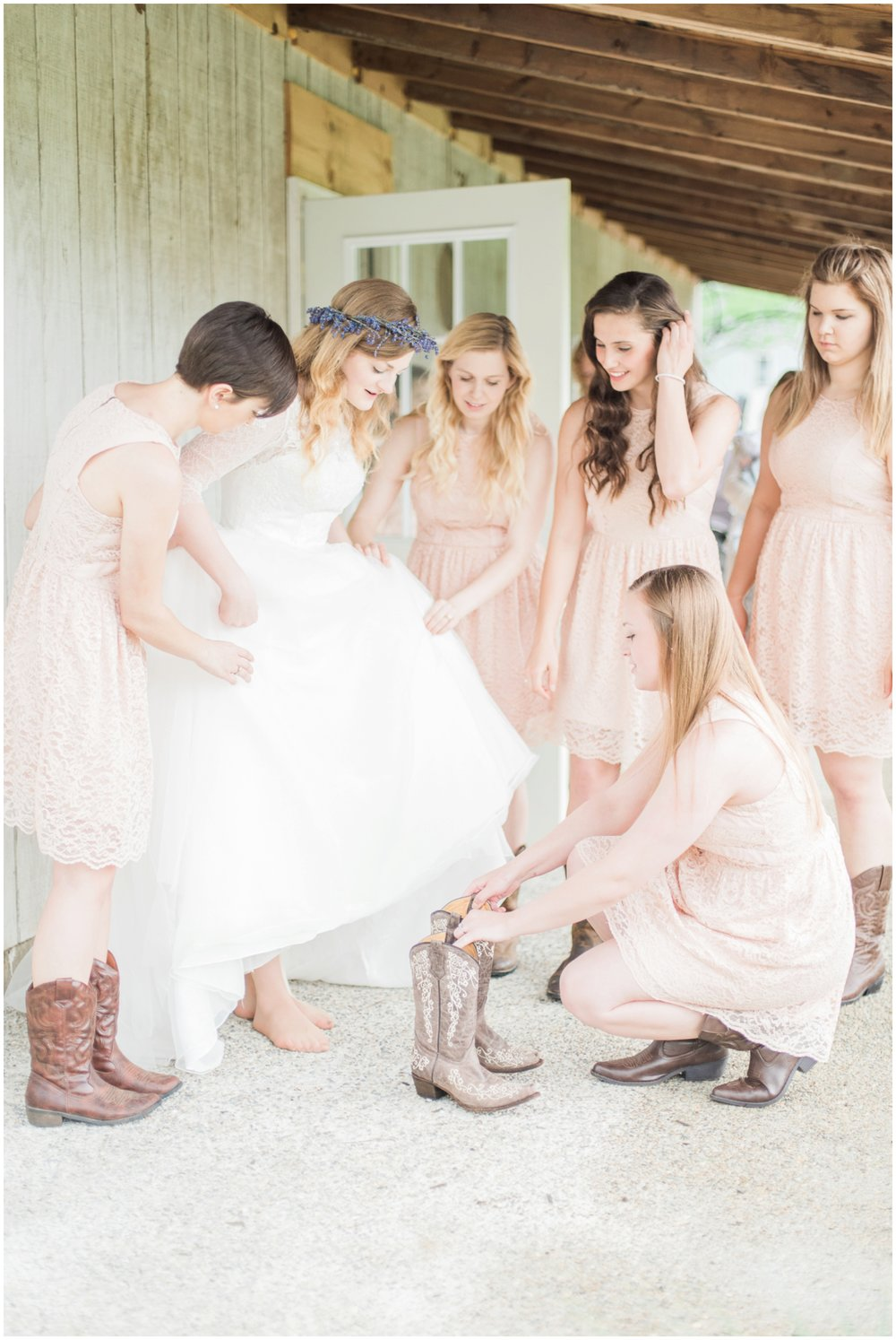 barn-at-the-backwoods-thornville-ohio-wedding-photographer-34.jpg