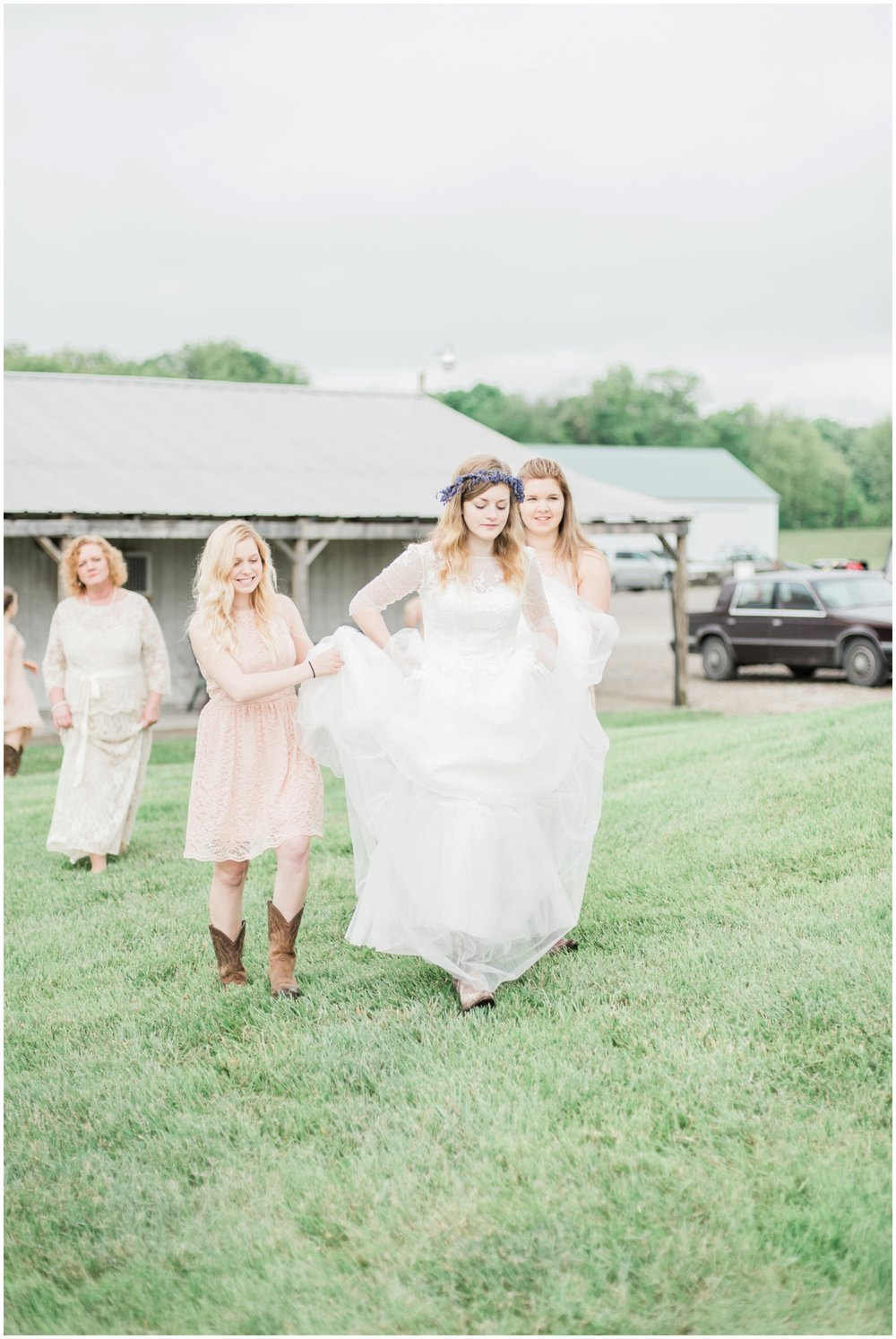 barn-at-the-backwoods-thornville-ohio-wedding-photographer-36.jpg