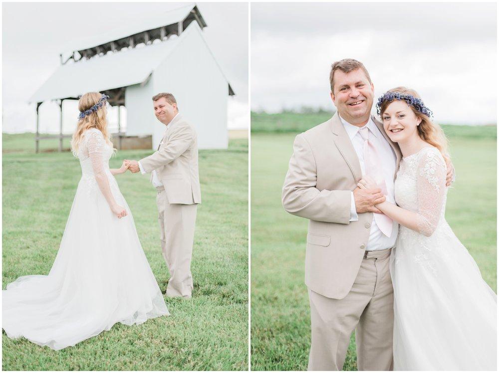 barn-at-the-backwoods-thornville-ohio-wedding-photographer-40.jpg