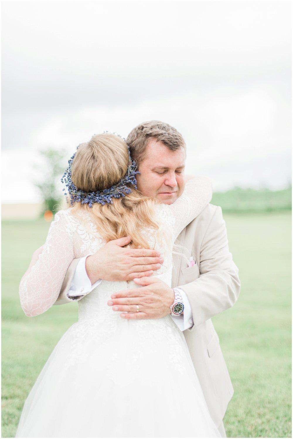 barn-at-the-backwoods-thornville-ohio-wedding-photographer-39.jpg