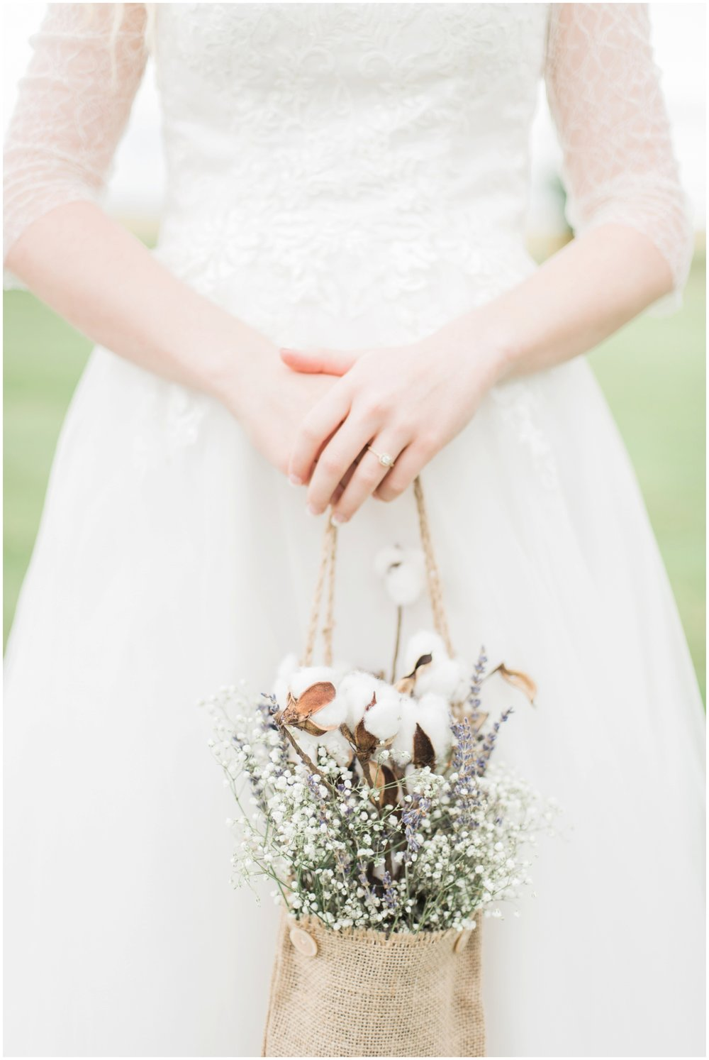 barn-at-the-backwoods-thornville-ohio-wedding-photographer-45.jpg