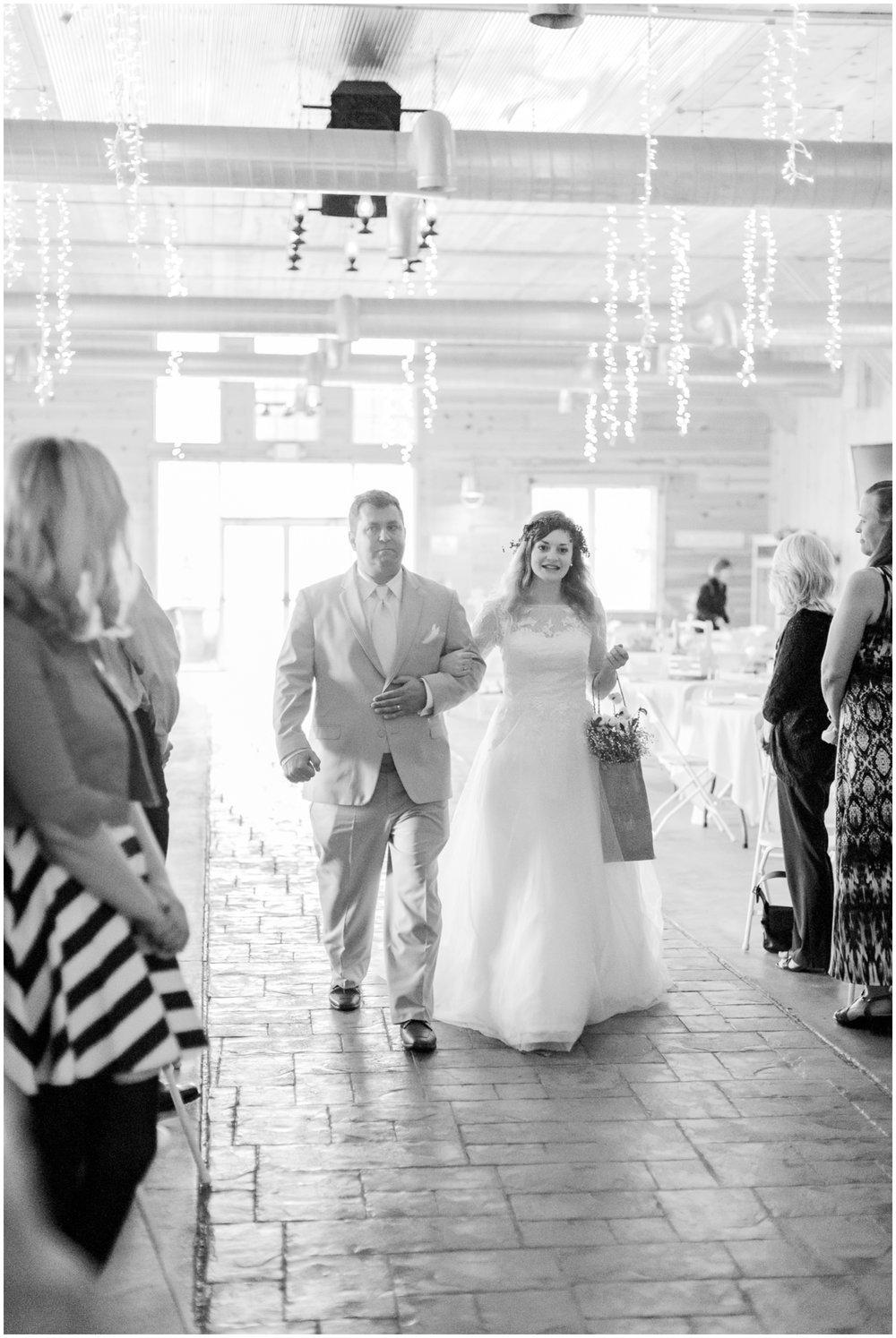 barn-at-the-backwoods-thornville-ohio-wedding-photographer-59.jpg
