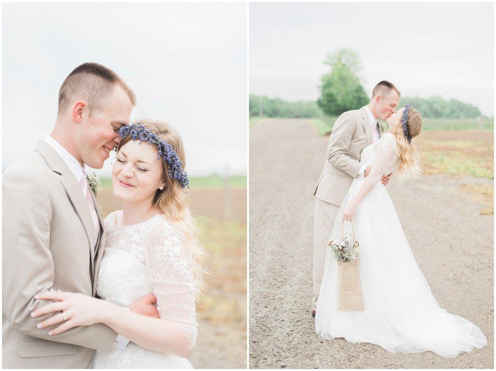 barn-at-the-backwoods-thornville-ohio-wedding-photographer-70.jpg