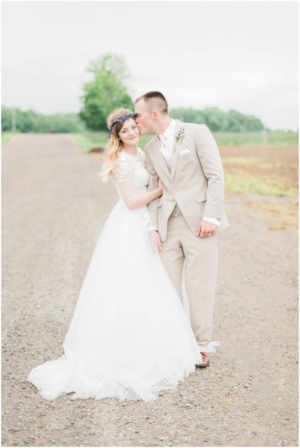 barn-at-the-backwoods-thornville-ohio-wedding-photographer-73.jpg