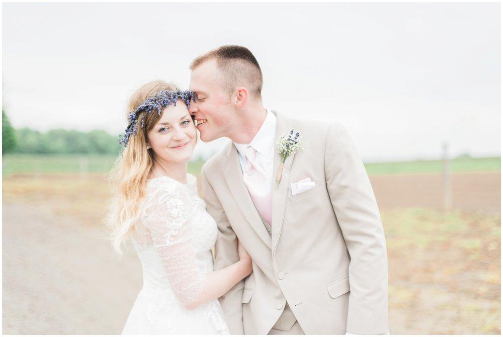 barn-at-the-backwoods-thornville-ohio-wedding-photographer-75.jpg