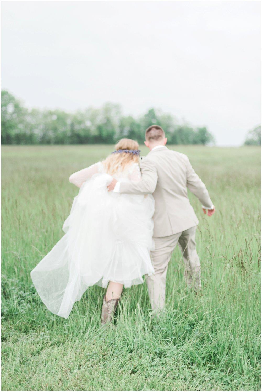 barn-at-the-backwoods-thornville-ohio-wedding-photographer-77.jpg