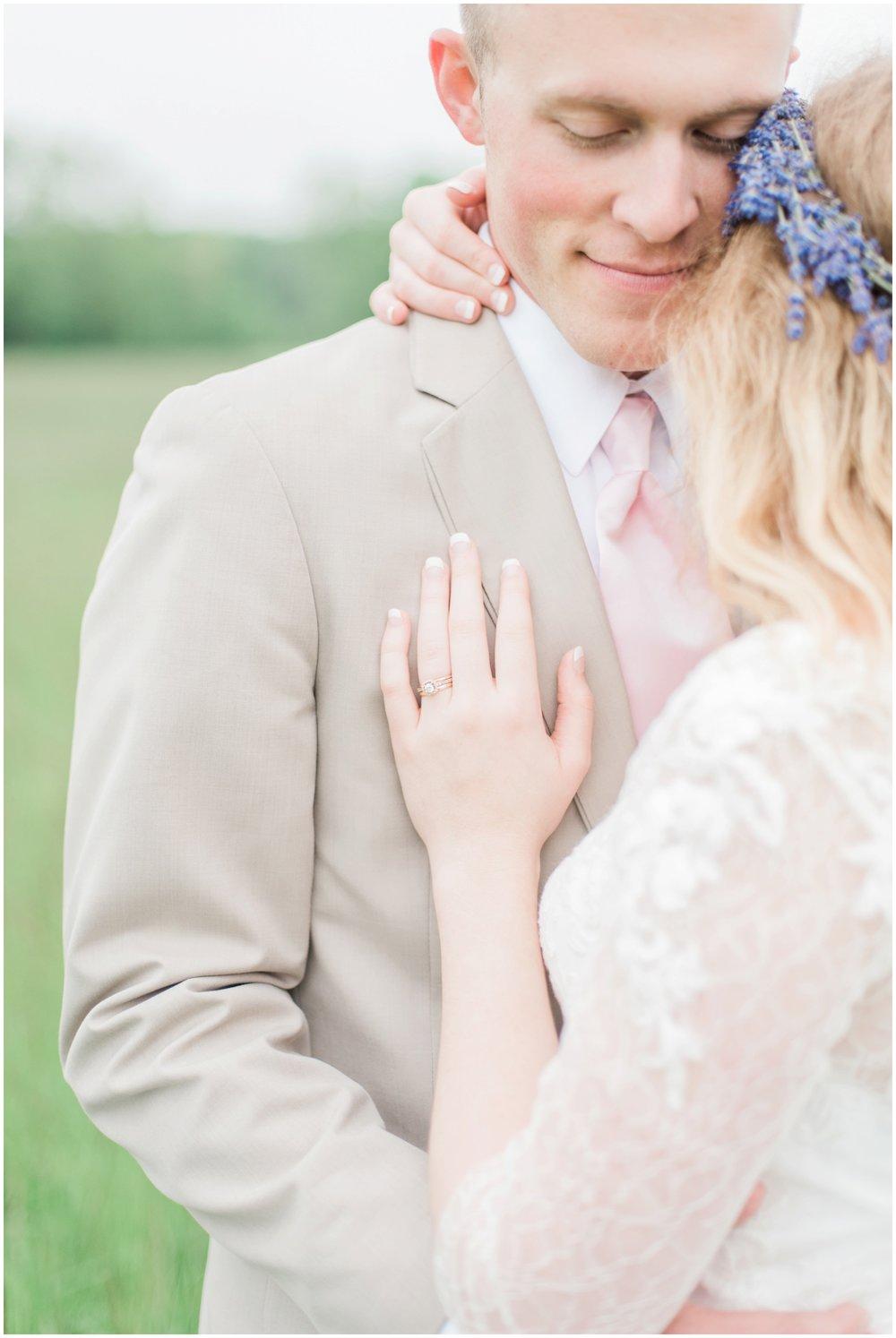 barn-at-the-backwoods-thornville-ohio-wedding-photographer-81.jpg