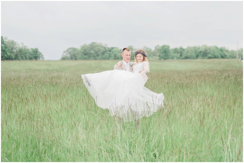 barn-at-the-backwoods-thornville-ohio-wedding-photographer-83.jpg