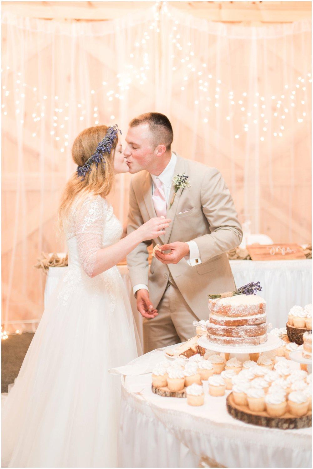barn-at-the-backwoods-thornville-ohio-wedding-photographer-98.jpg
