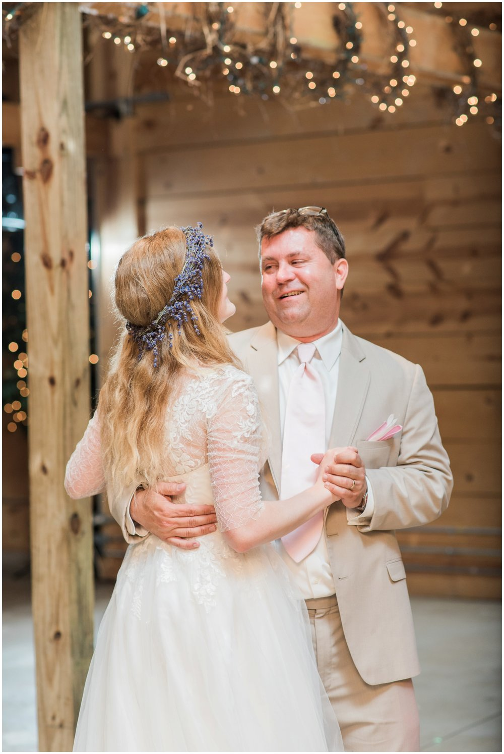 barn-at-the-backwoods-thornville-ohio-wedding-photographer-102.jpg