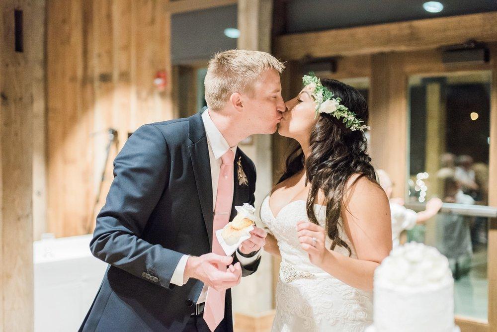 wells-barn-wedding-at-franklin-park-conservatory-125.jpg