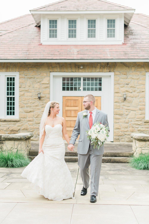 bryn-du-mansion-fieldhouse-wedding-granville-ohio-photographer_0079.jpg