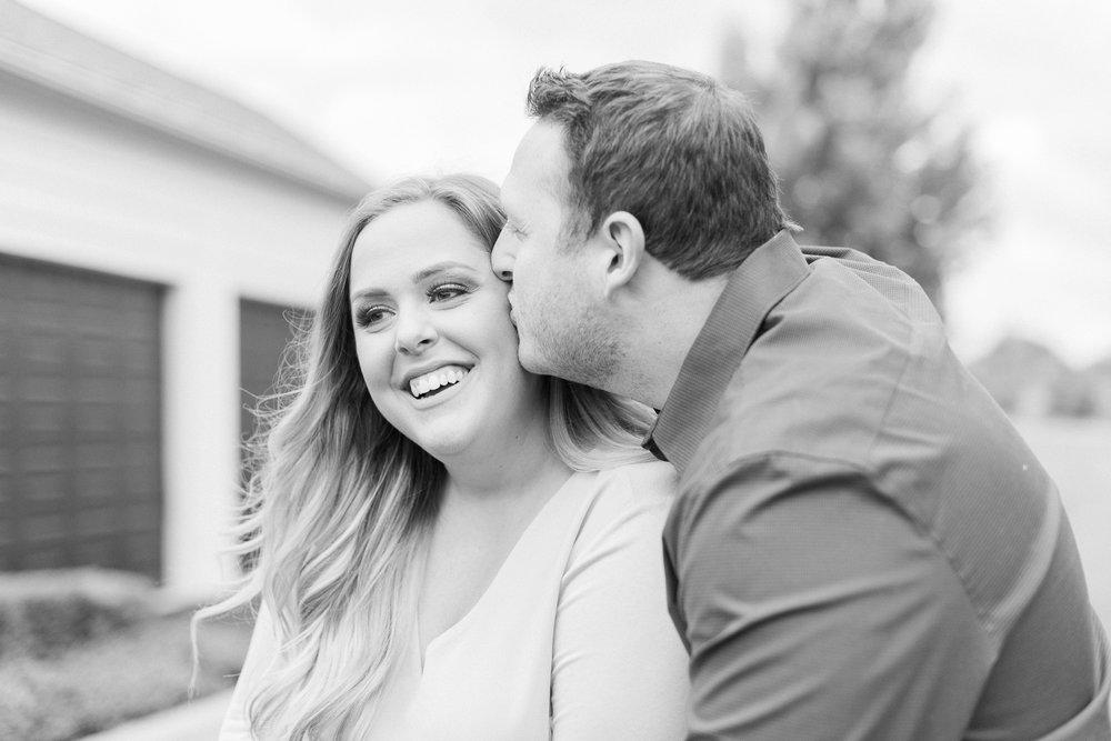 new-albany-ohio-engagement-columbus-wedding-photographer_0012.jpg