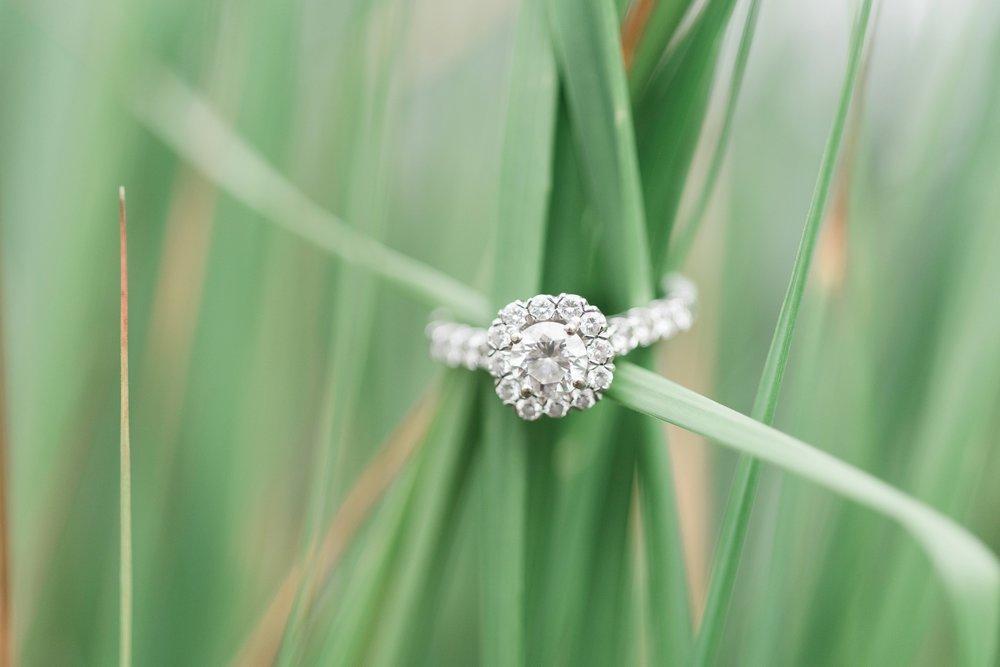 new-albany-ohio-engagement-columbus-wedding-photographer_0017.jpg
