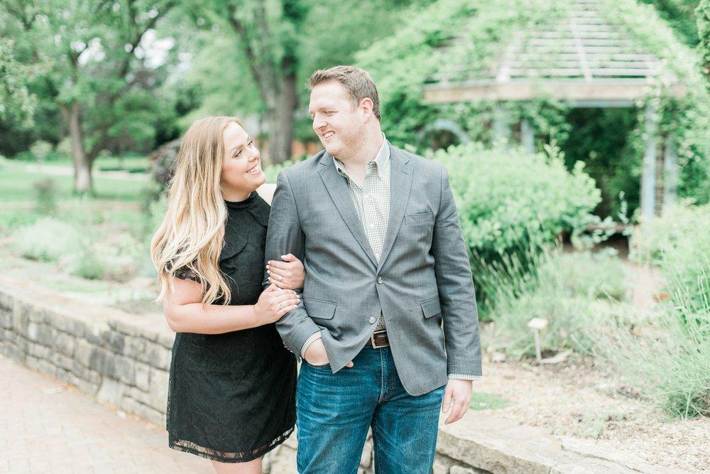new-albany-ohio-engagement-columbus-wedding-photographer_0023.jpg