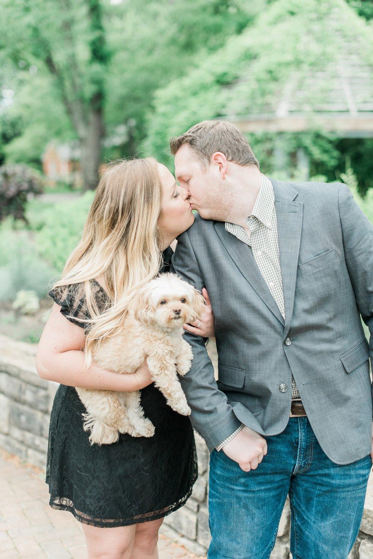 new-albany-ohio-engagement-columbus-wedding-photographer_0032.jpg