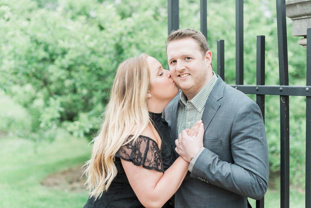 new-albany-ohio-engagement-columbus-wedding-photographer_0034.jpg