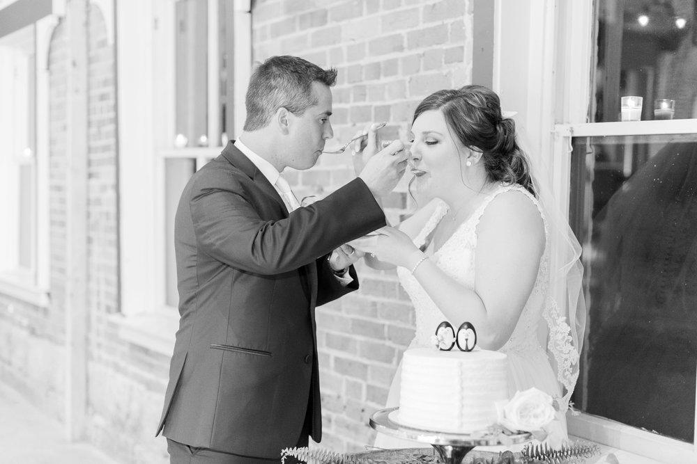 via-vecchia-winery-wedding-columbus-ohio_0154.jpg