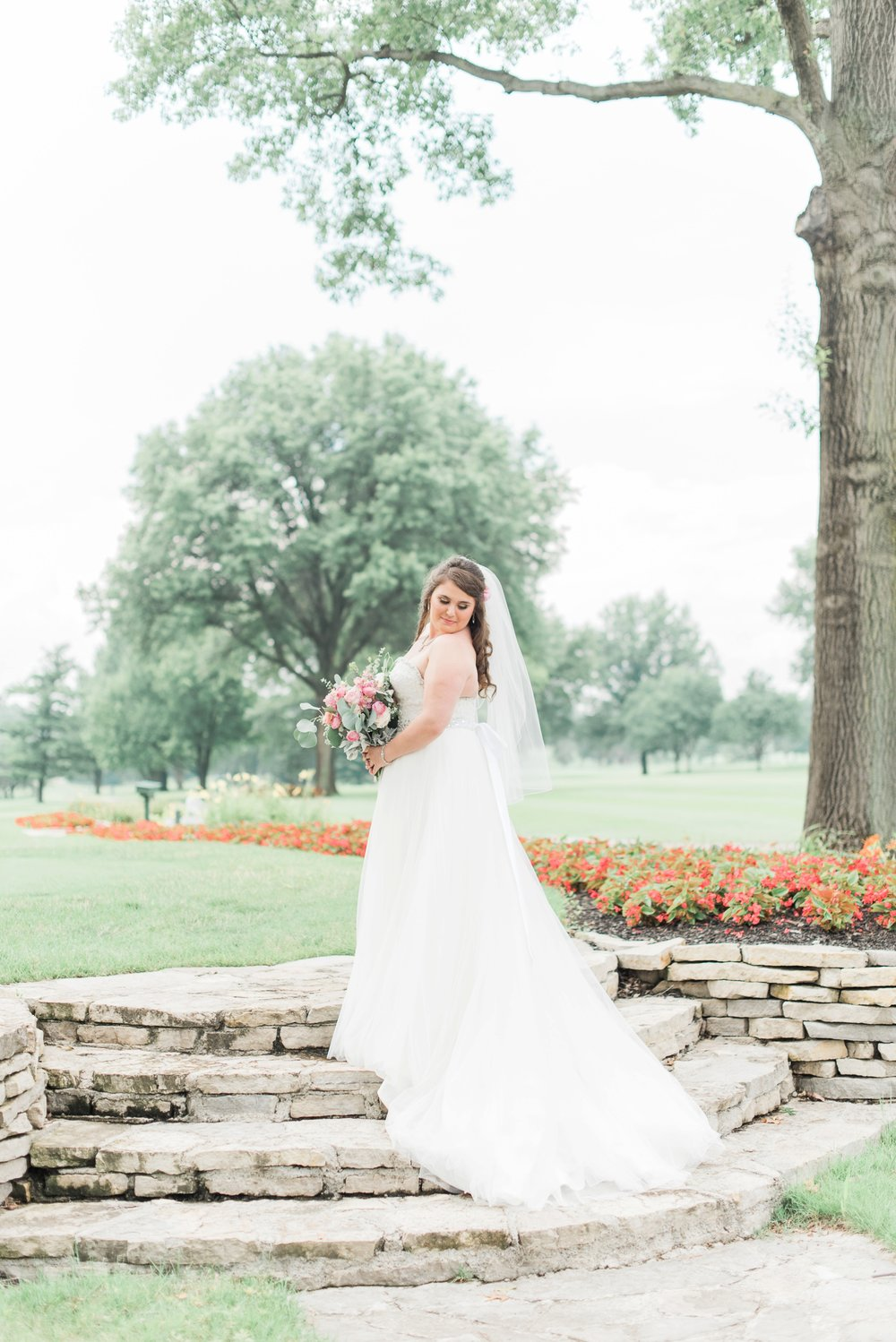 worthington-hills-country-club-wedding-columbus-ohio-meg-evan_0133.jpg