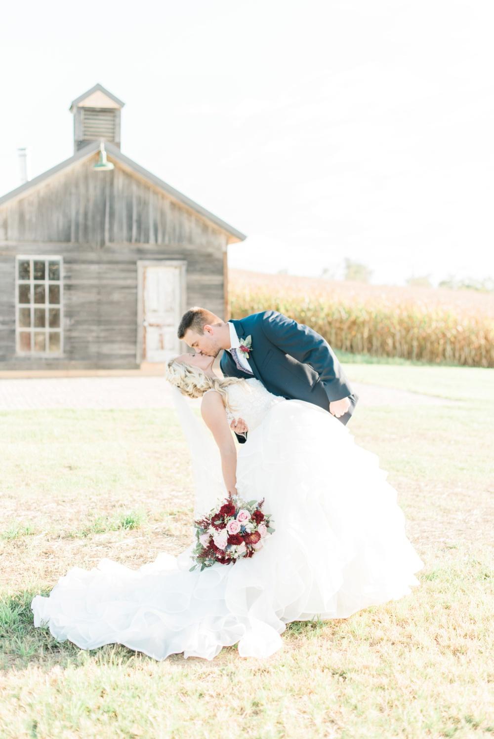 blessings-farmstead-wedding-lancaster-ohio-whitney-colby_0117.jpg