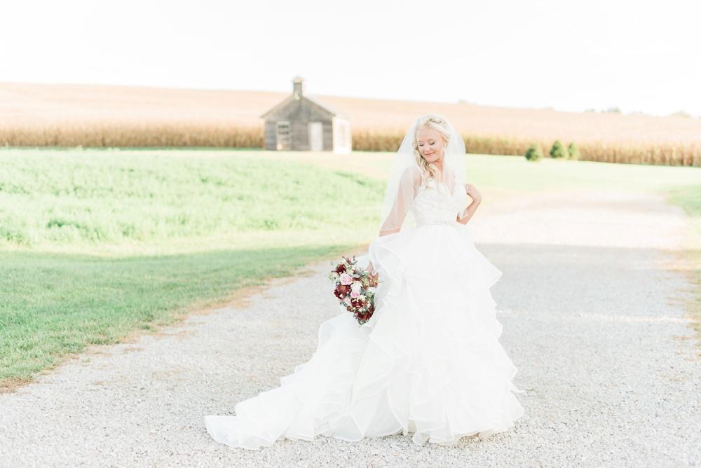 blessings-farmstead-wedding-lancaster-ohio-whitney-colby_0122.jpg