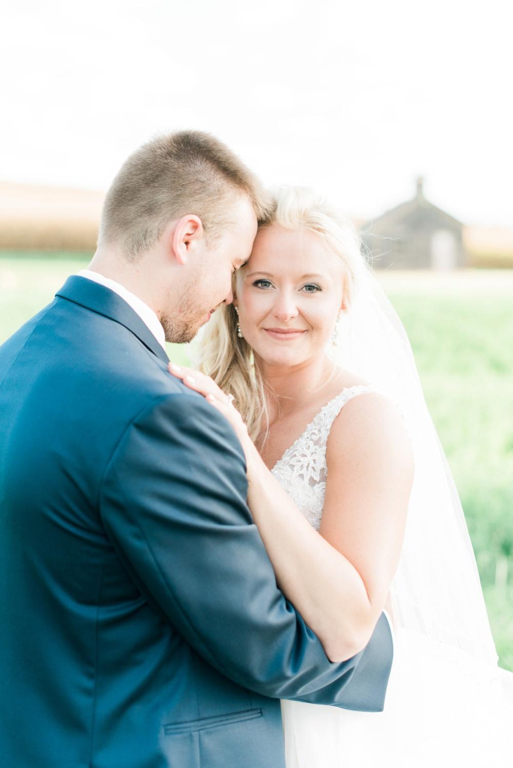 blessings-farmstead-wedding-lancaster-ohio-whitney-colby_0145.jpg