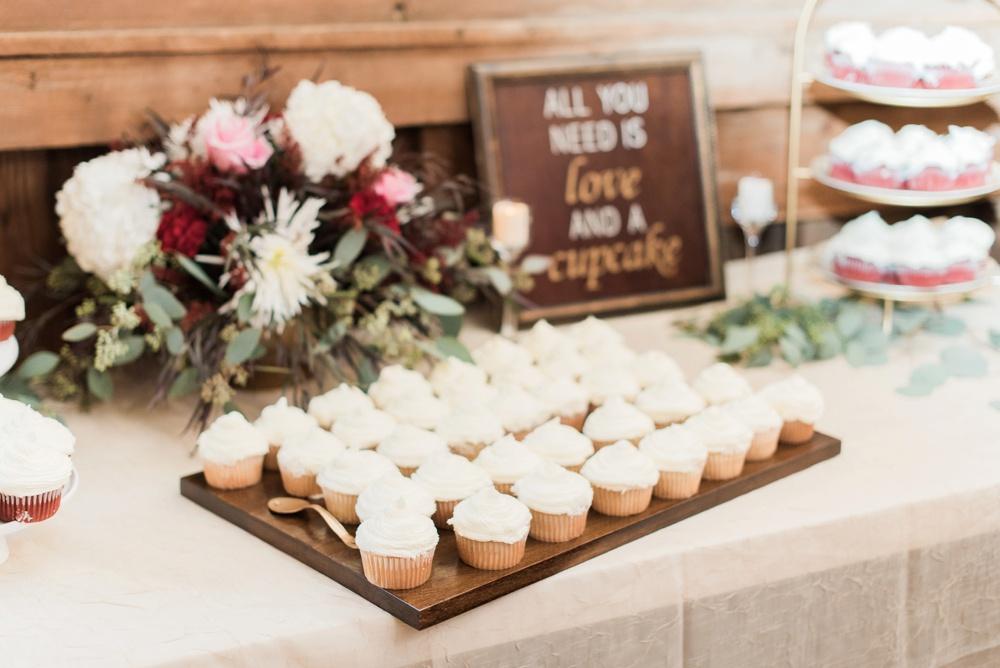 blessings-farmstead-wedding-lancaster-ohio-whitney-colby_0156.jpg