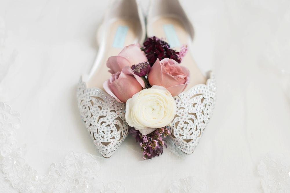 ohio-university-walter-hall-wedding-athens-anna-mark_0003.jpg