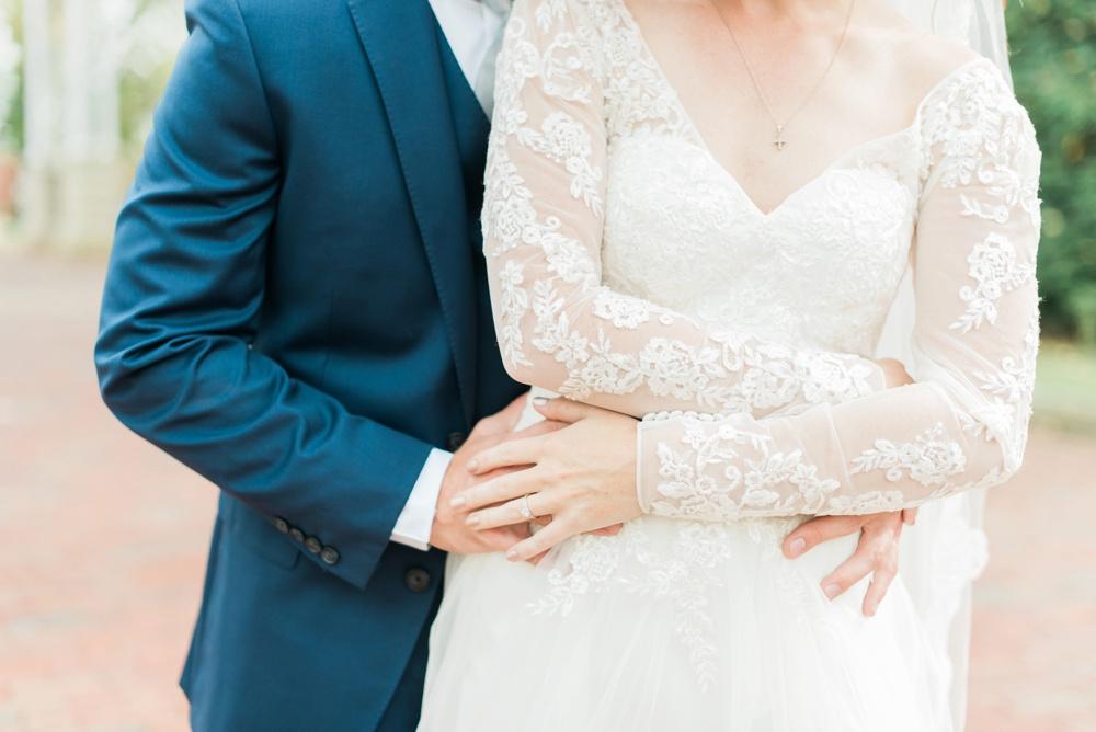 ohio-university-walter-hall-wedding-athens-anna-mark_0054.jpg