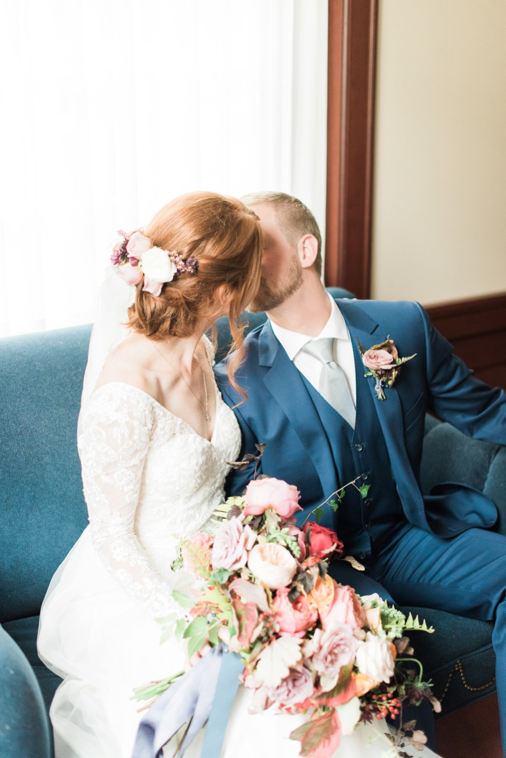 ohio-university-walter-hall-wedding-athens-anna-mark_0108.jpg