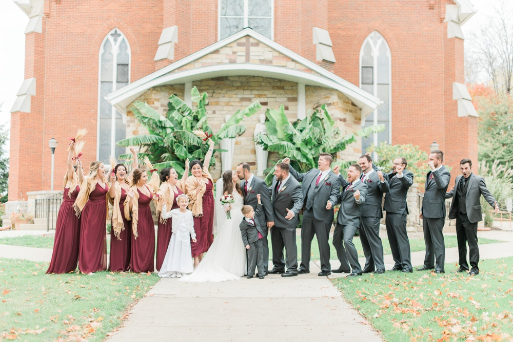 ricciardis-tree-farm-wedding-wadsworth-ohio-lauren-ryan_0040.jpg