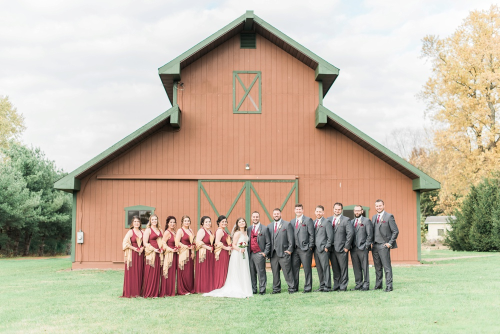 ricciardis-tree-farm-wedding-wadsworth-ohio-lauren-ryan_0048.jpg