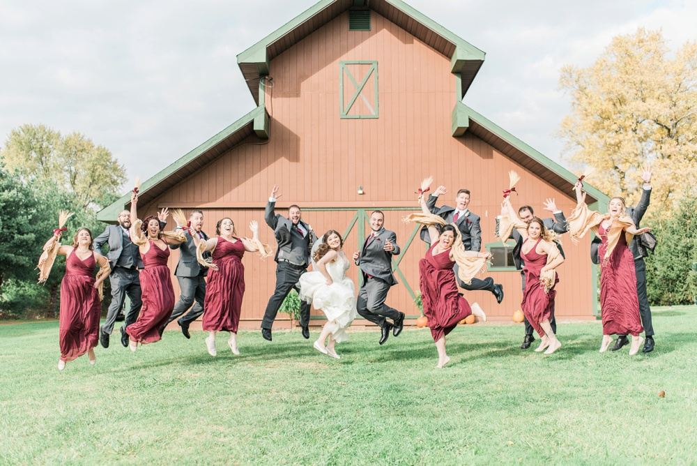 ricciardis-tree-farm-wedding-wadsworth-ohio-lauren-ryan_0056.jpg