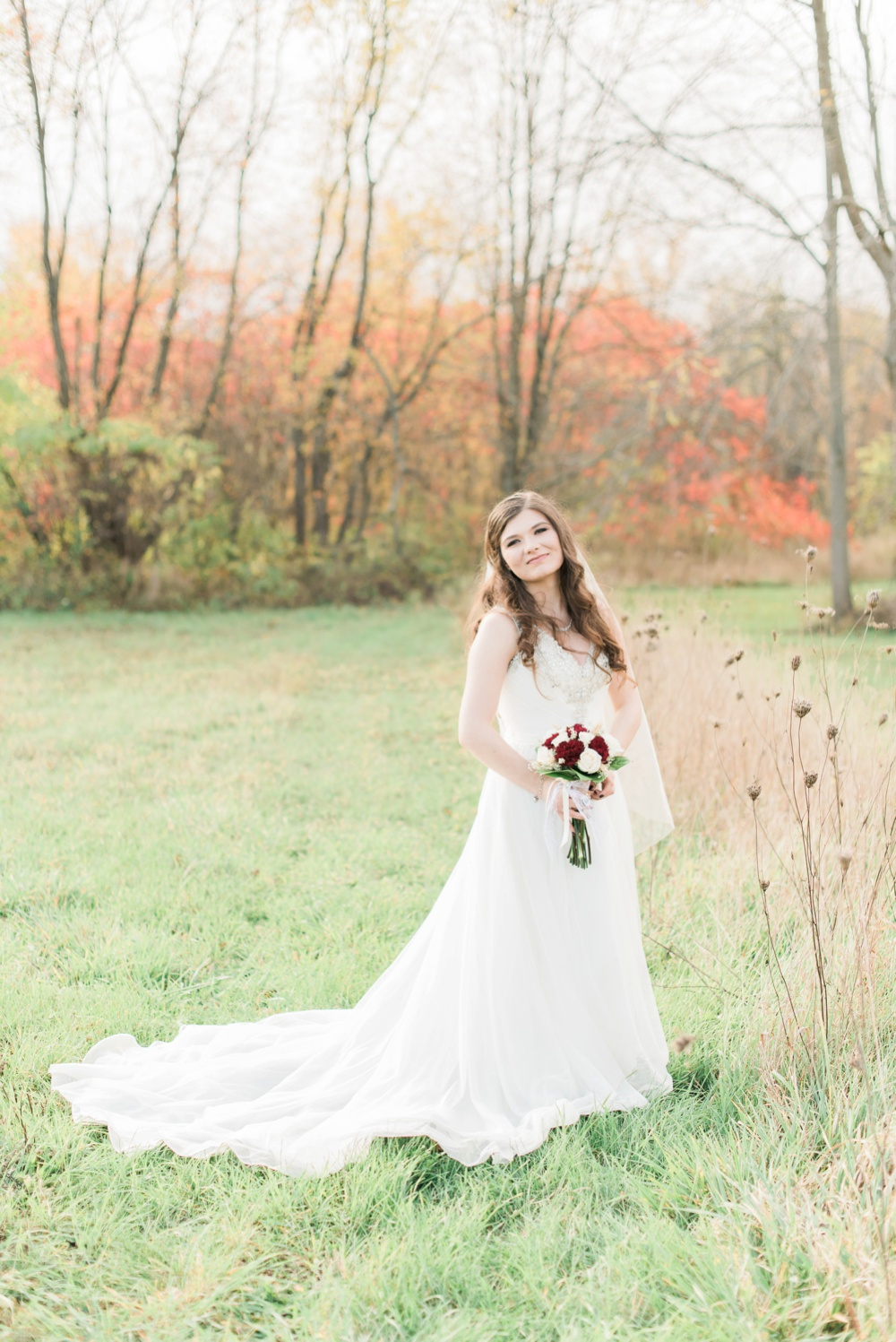 ricciardis-tree-farm-wedding-wadsworth-ohio-lauren-ryan_0099.jpg