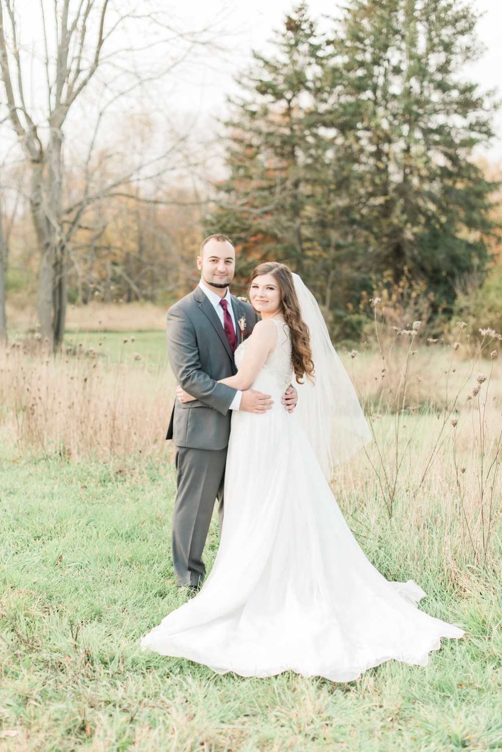 ricciardis-tree-farm-wedding-wadsworth-ohio-lauren-ryan_0110.jpg
