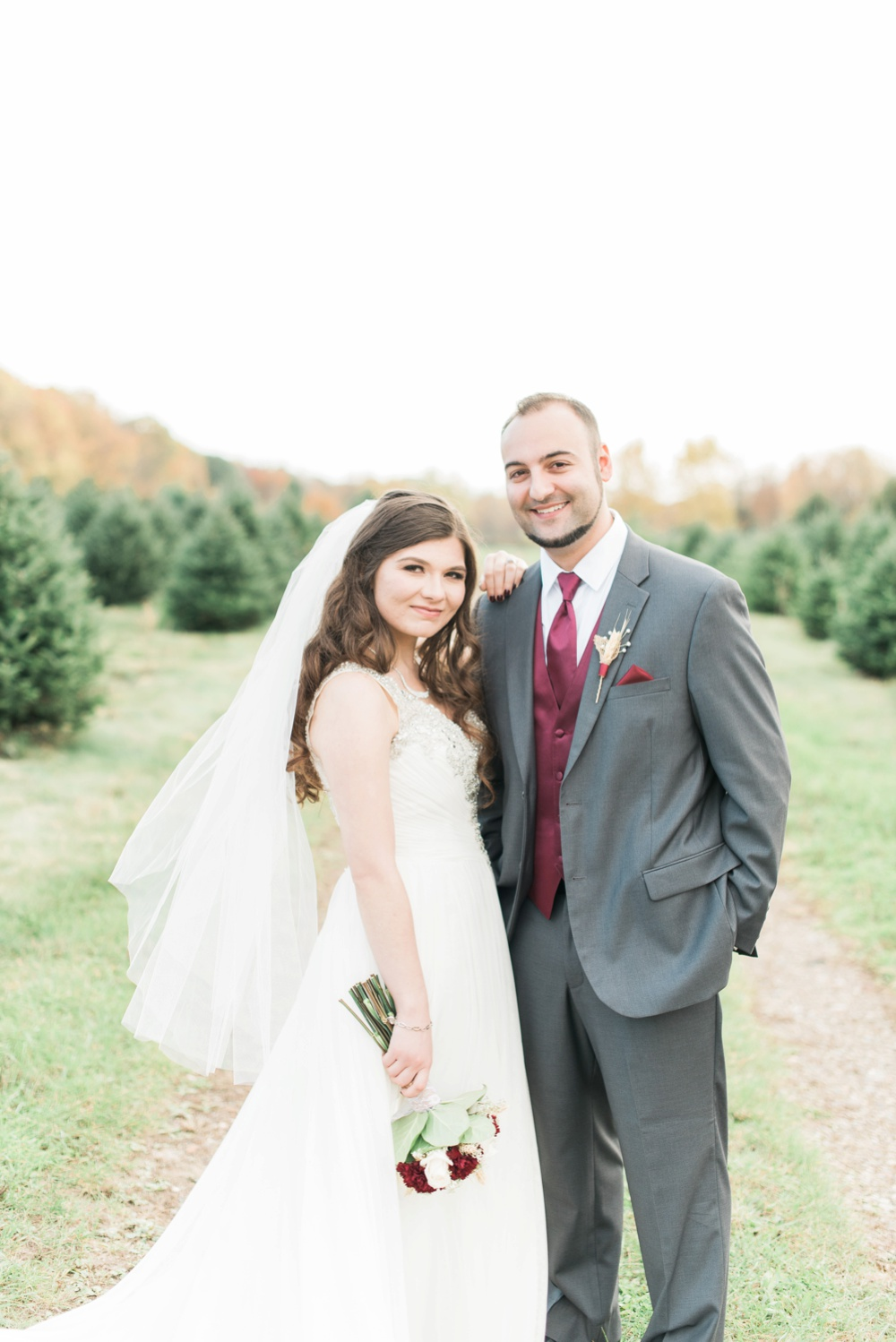 ricciardis-tree-farm-wedding-wadsworth-ohio-lauren-ryan_0120.jpg