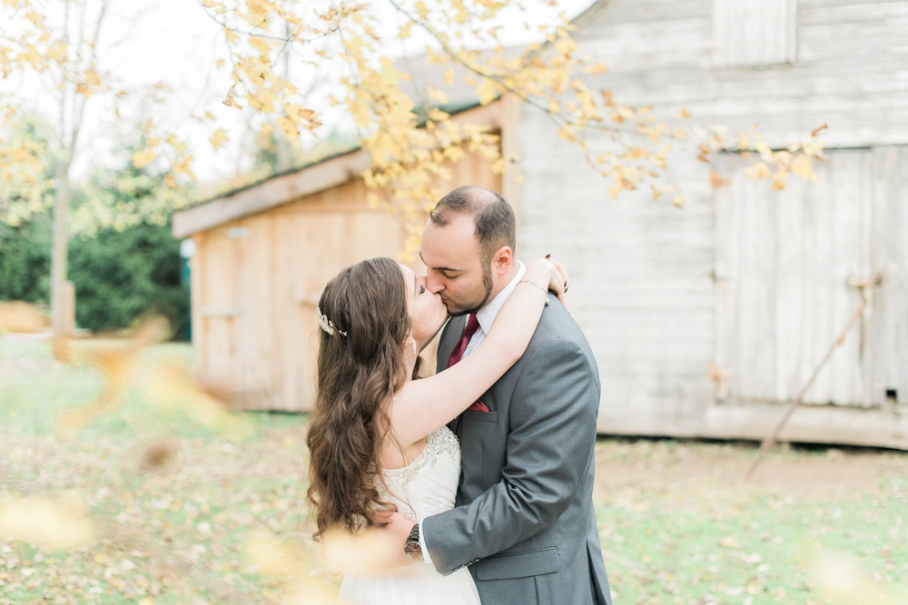 ricciardis-tree-farm-wedding-wadsworth-ohio-lauren-ryan_0144.jpg