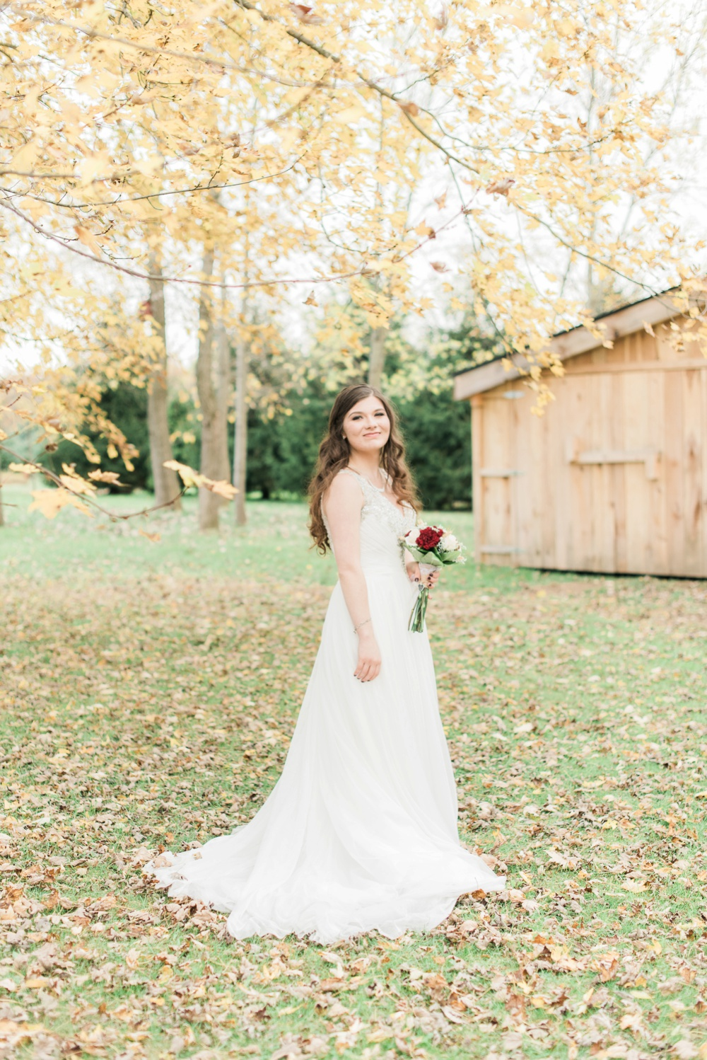 ricciardis-tree-farm-wedding-wadsworth-ohio-lauren-ryan_0148.jpg